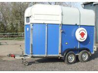 Richardson Lightweight double horse trailer