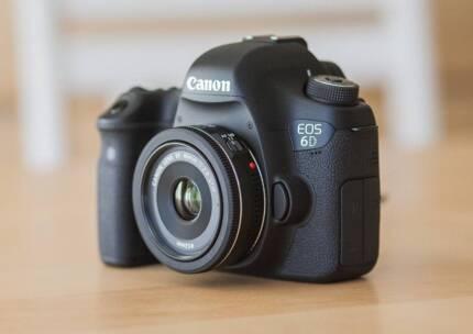 Canon 6d MK1 Bundle w/lens etc