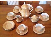 Golden pearl painted tea/coffee set