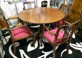 Vintage Mahogany Round Dining Table & Four Carvers