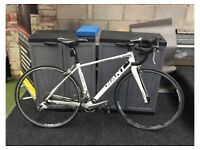 Giant Defy 4, Small, White, Mint condition