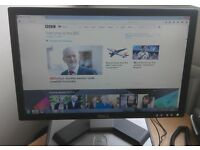 "DELL 19"" widescreen monitor LCD for PC / Laptop / CCTV SECURITY CAMERA - GREAT CONDITION - DELIVERY"