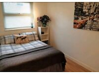Spare room in CANNING TOWN -Zone 2 - available now for short term