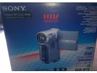 sony dcr-ip7e micro dv camcorder.boxed all accessories.mint.