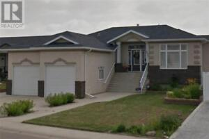 2881 Cottonwood Road SW Medicine Hat, Alberta