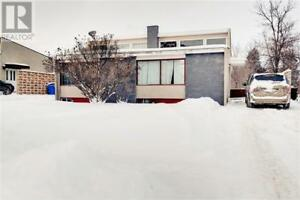 814-816 28th ST E Prince Albert, Saskatchewan
