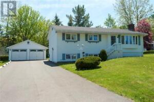 94 Mapleton Crescent Hampton, New Brunswick