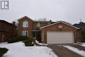 4 RUTHERFORD Drive Simcoe, Ontario