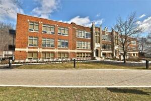 213 397 KING Street W Dundas, Ontario