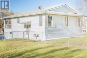 1298 14th ST W Prince Albert, Saskatchewan
