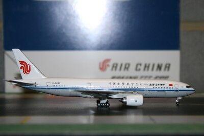Gemini Jets 1:400 Air China Boeing 777-200 B-2061 GJCCA853 Model Plane