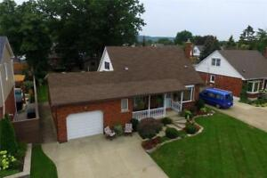 55 LAKESIDE Drive Grimsby, Ontario