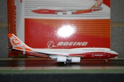 JC Wings 1:400 Boeing Company 747-8 N6067E (LH4004) Die-Cast Model Plane