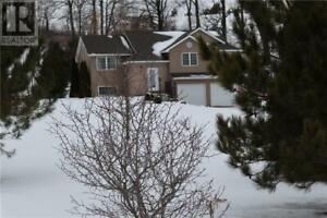 228 DAVIS DRIVE Roseneath, Ontario