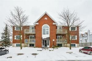 Greenfield Ave.-2 Bedroom Condo–Central Kitchener–$999/month