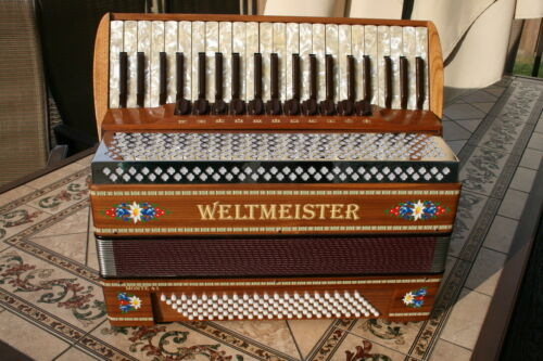 Accordion Weltmeister Monte 41