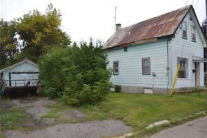 98 BANK STREET S Renfrew, Ontario