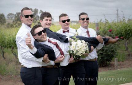 2nd photographer available (weddings etc.)
