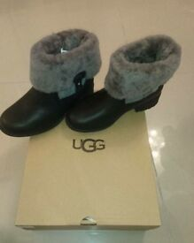 New UGG BOOTS (W Chyler)size 5.5(UK)