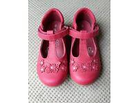 Beautiful girls shoes size 8
