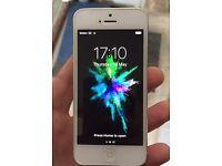 White & Silver iPhone 5 - 64GB - EE / Orange / Virgin
