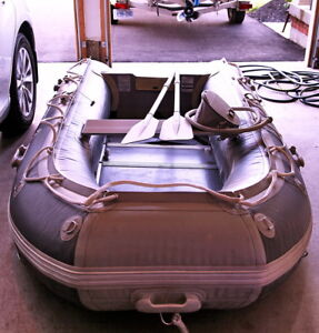 HEAVY DUTY INFLATABLE BOAT BY FREEDOM WATERCRAFT BRAND