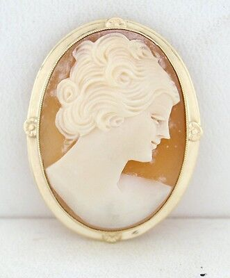 LADIES 10K YELLOW GOLD CORAL CREAM CAMEO PIN BROOCH