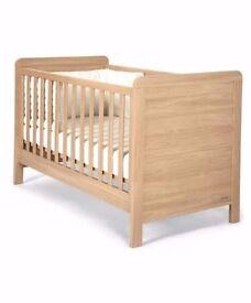 MAMAS & PAPAS 'RIALTO' COT & COT BED. EXCELLENT CONDITION