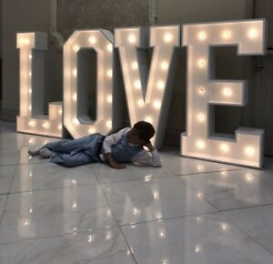 """** BEST VALUE AROUND: $200! 4ft """"LOVE"""" MARQUEE LETTERS! **"""