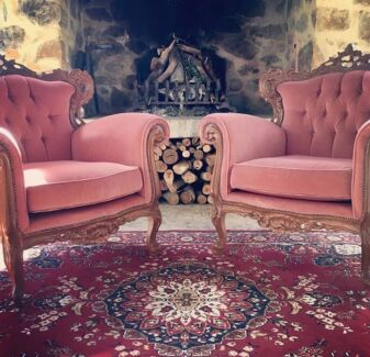 Vintage Lounge suite and Persian Rugs for Hire - Borrowed Bits