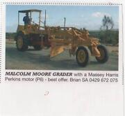 malcolm moore vintage grader with massey harris tractor Murray Bridge Murray Bridge Area Preview