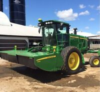 John Deere R450 Self Propelled Windrower