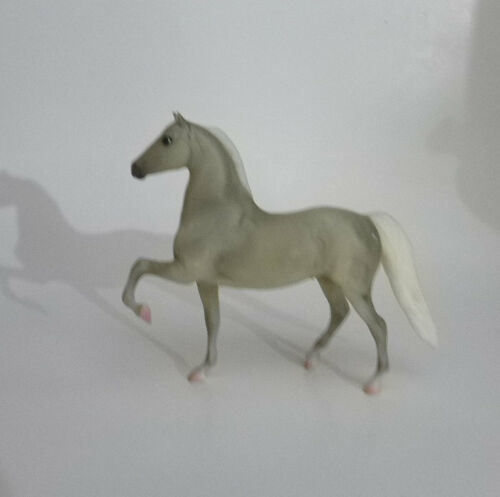 Breyer Paddock Pals 4135 Morgan Stallion Grey from Learn to Draw Horses 2008-14