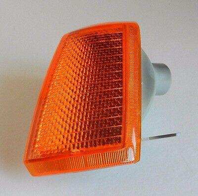 PEUGEOT 205 1983-1998 FRONT LEFT INDICATOR LIGHT LAMP N/S PASSENGER - AMBER