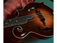 Kentucky KM1000 F5 style mandolin:Adi spruce/maple/carved top+back