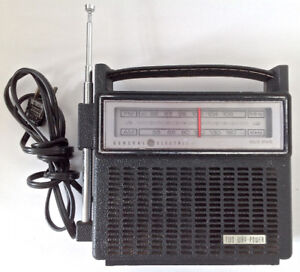 Vintage 1970. Collection. Radio AM-FM General Electric