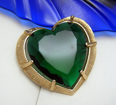 Gorgeous Vintage Green Glass Heart Brooch Gold Tone Frame 1960s  on Lookza