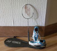 Raquette badminton + basket YONEX t.9