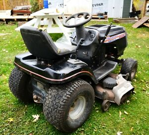 "Husqvarna 46"" lawnmower London Ontario image 3"