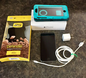 iPhone 6 Black 16gb Rogers with Otter box Case