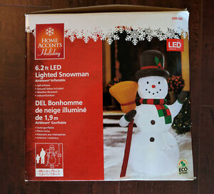 6.2 ft Inflatable Air Blown LED Lighted Snowman - Mint condition