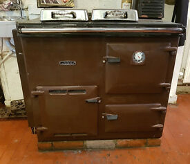 CAST IRON OIL RAYBURN NOUVELLE COOKER RANGE WITH OIL TANK
