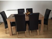 Solid Oak Dining Room Table & 6 Leather Chairs