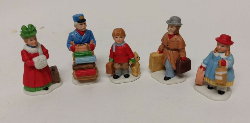 """Lefton Colonial Village Figurine~2.5""""~5 People Set From Showboat ~11274~1997"""
