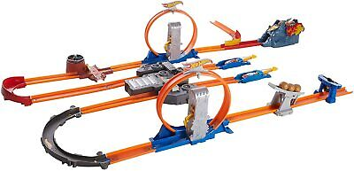 Hot Wheels BGX89 Track Builder Total Turbo Takeover Set For Comes with 1 Hot Whe