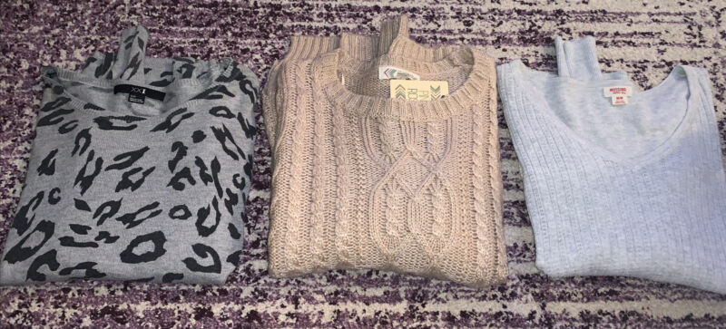 Lot Of Women's Sweaters Sizes Small, Medium  Forever 21, Mossimo, Pink Rose Euc