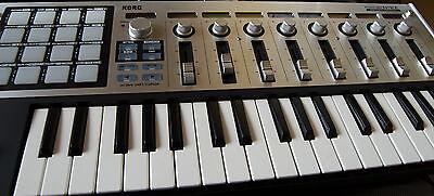 Korg Keyboards sind vor allem bei Fortgeschrittenen sehr beliebt (Foto: Ben and Kaz Askins (CC BY-SA 2.0))