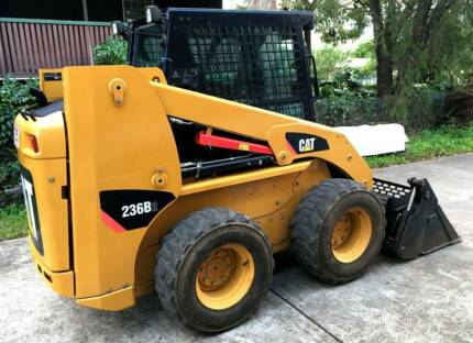 Caterpillar 236B2 skid steer (474 hours) A/C