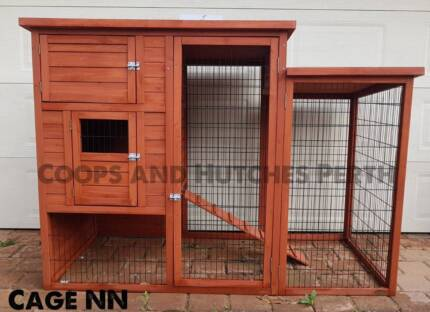 FREE DELIVERY, BRAND NEW ASSEMBLED RABBIT CHOOK HEN CHICKEN COOP