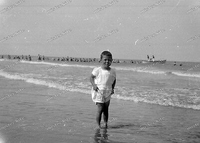 Vintage Photo negativ-1930-Young-cute-Boy-teen-swimsuit-play-knabe-junge-7 ()